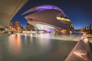 Valencia, Palau de les Arts Reina Sofía ei Nacht. Foto: Kerstin Bittner