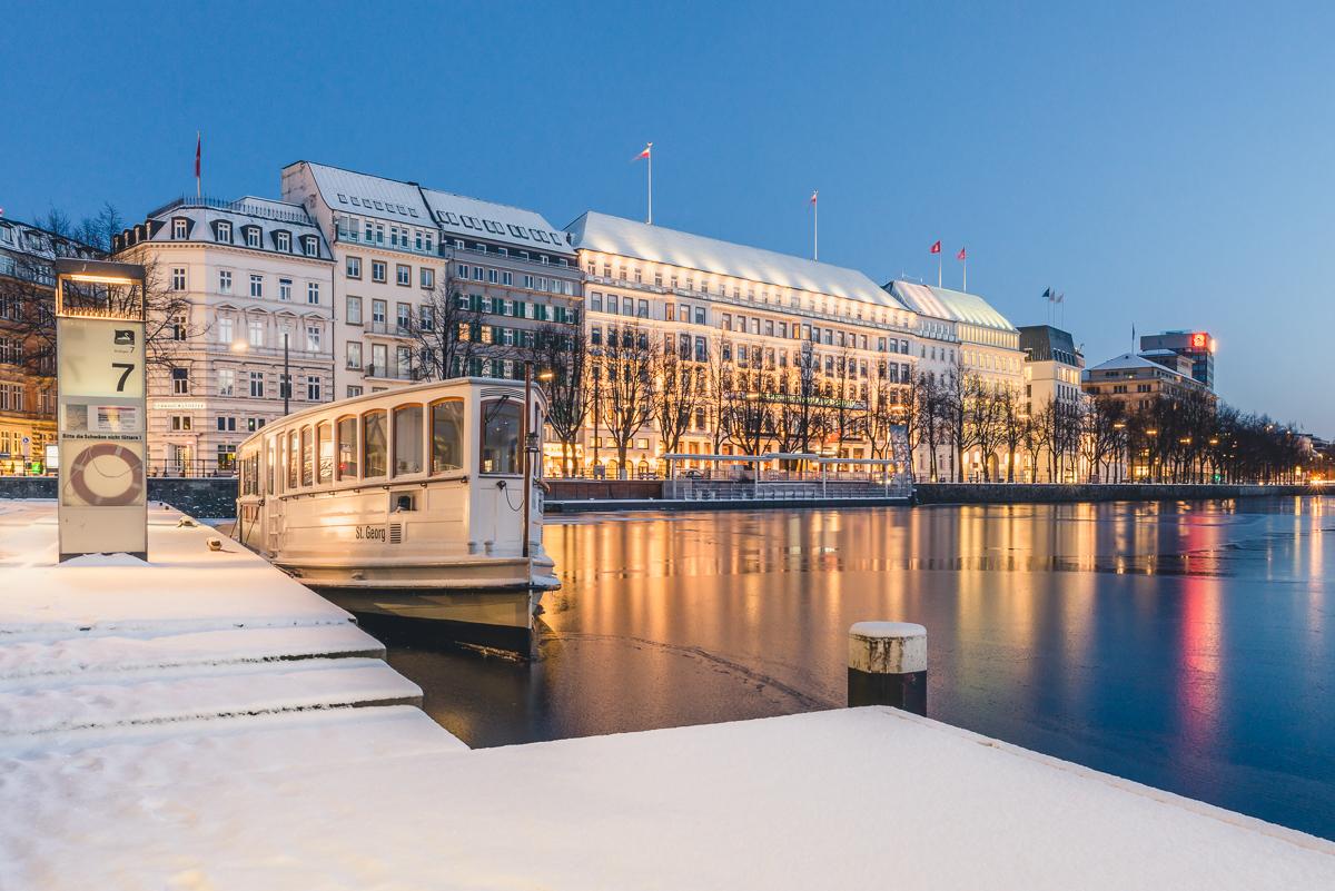 Jungfernstieg in Hamburg im Winter. Foto: Kerstin Bittner