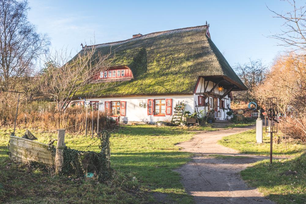 Reetdachhaus in Ahrenshoop. Foto: Kerstin Bittner