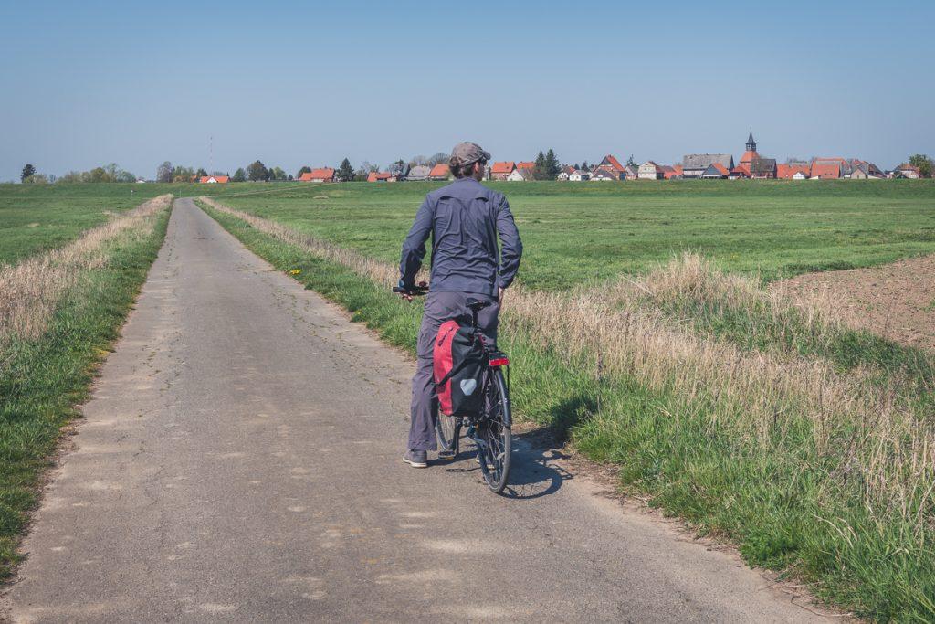 Radfahrer auf dem Elberadweg bei Schnackenburg. Foto: Kerstin Bittner
