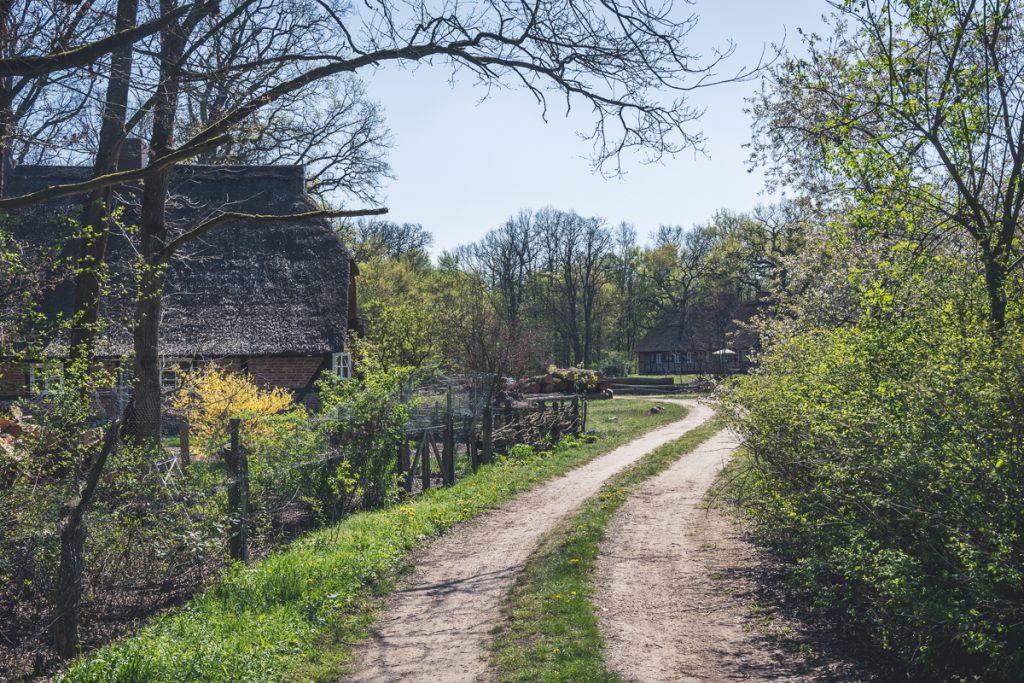 Höfe am Elberadweg. Foto: Kerstin Bittner