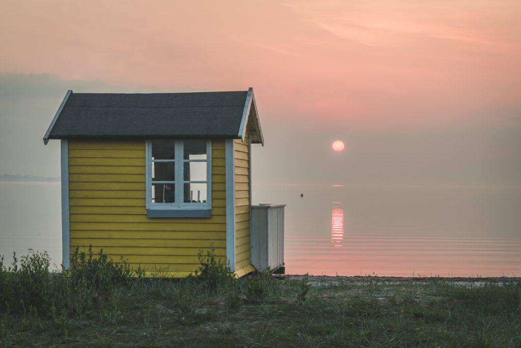 Badehäuschen auf Aeroe, Dänemark. Foto: Kerstin Bittner
