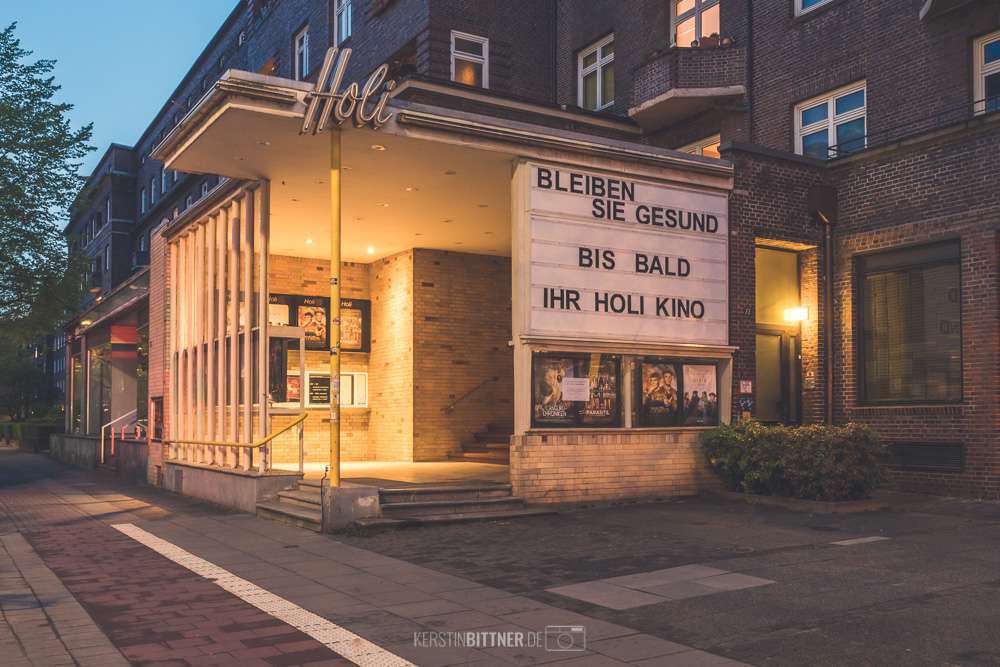 Hamburg im Lock Down, geschlossenes Kino. Foto: Kerstin Bittner