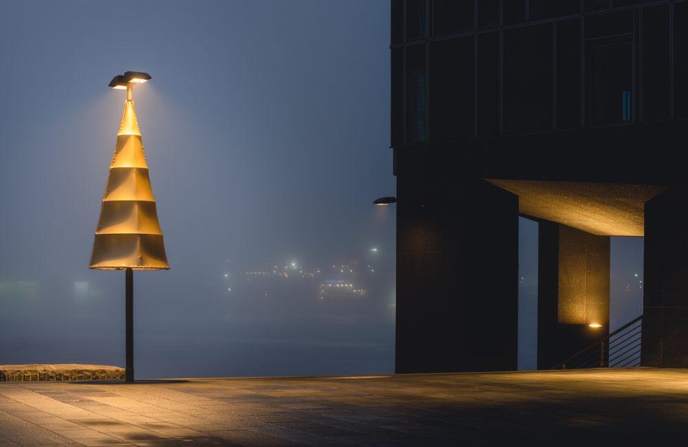 Weihnachtsbeleuchtung an der Großen Elbstraße in Hamburg. Foto: Kerstin Bittner
